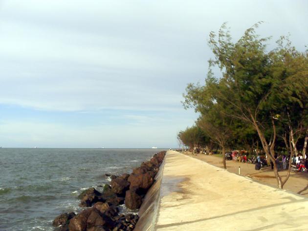 Pantai-Marina